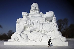 look for wonderful snow sculptures at Snowfest