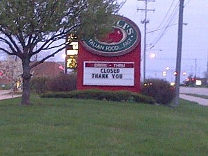 Flint Township Fazoli's has closed