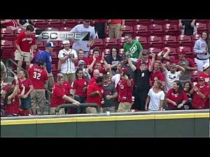 Reds' fan catches back-to-back home-run balls