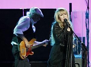 Fleetwood Mac tribute album set for August release`