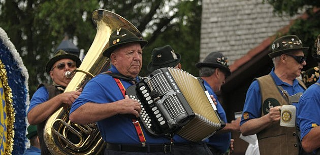 bavarian festival parade mlive